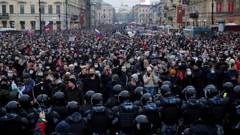 A rally in support of Alexei Navalny in Saint Petersburg